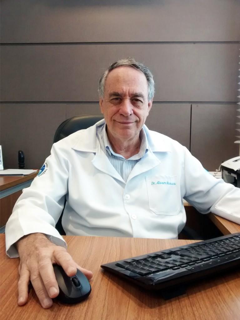 Dr. Alvaro Machuca